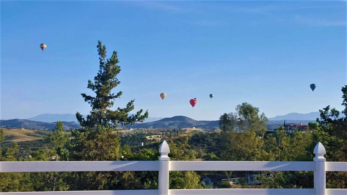 Hot air balloons over Temecula Valley