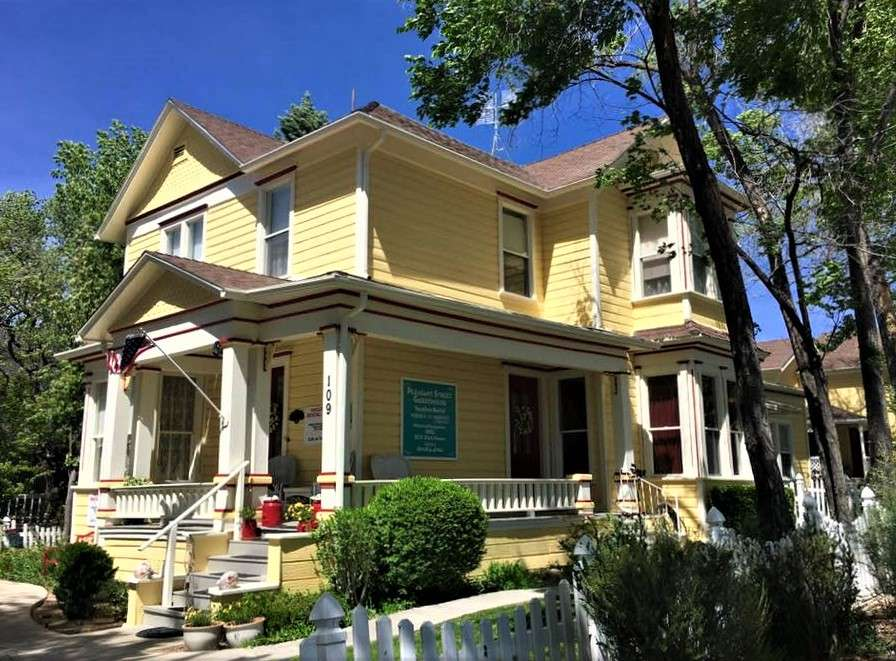 Exterior of The Pleasant Street Guest House, vacation rental in Prescott, Arizona