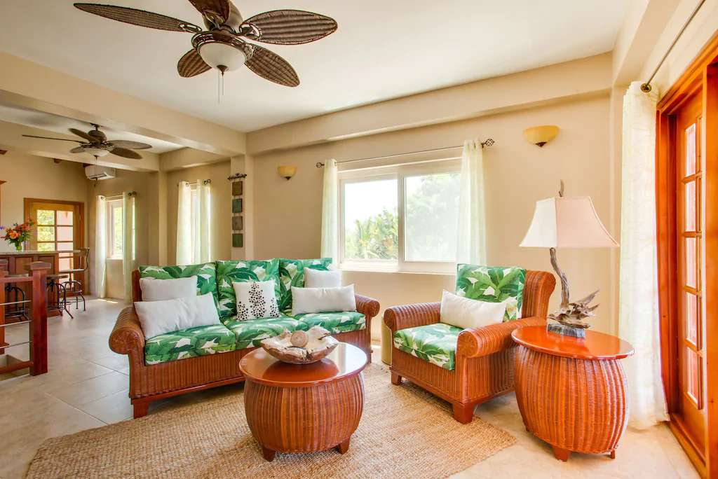 Living room of Placencia vacation rental