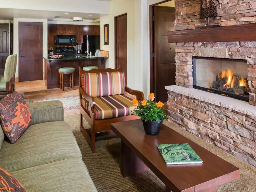 living room with fireplace at Hyatt Pinon Pointe vacation rental in Sedona