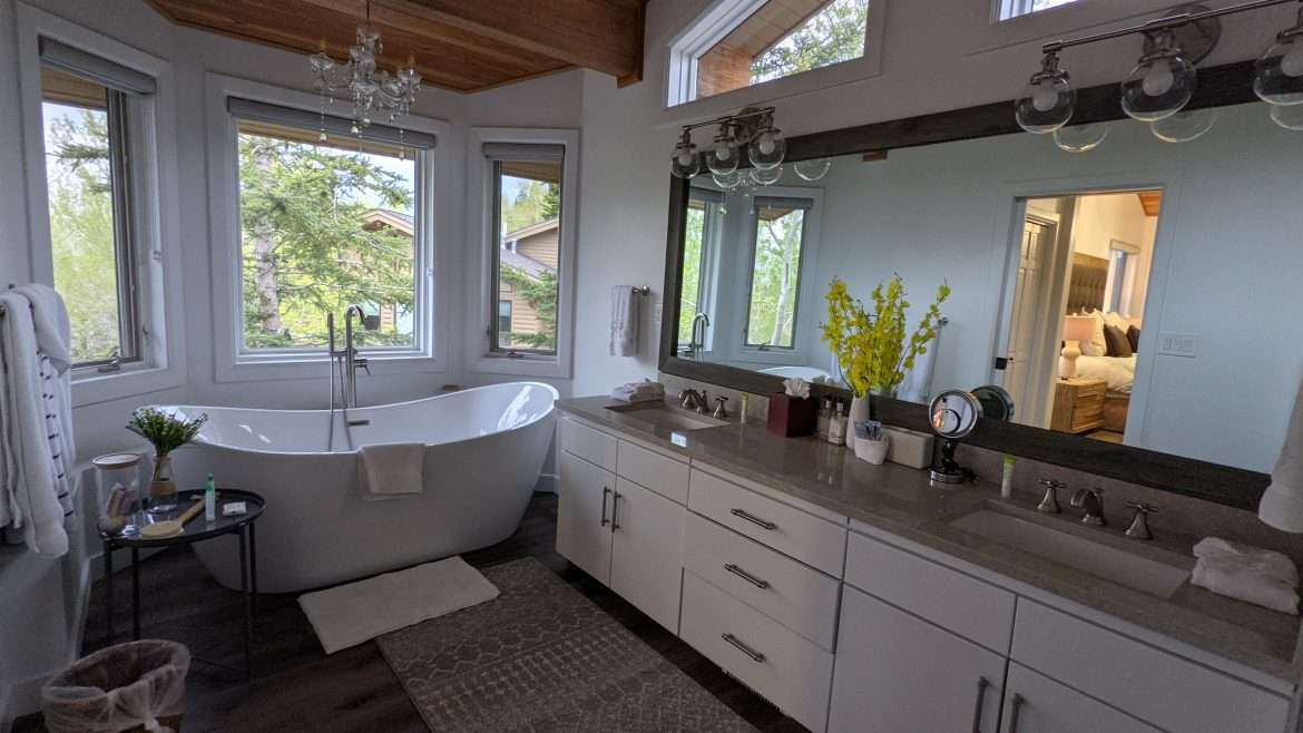 Master bathroom with soaker tub and double sinks