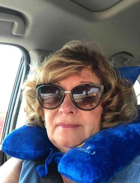 Versillo travel pillow review